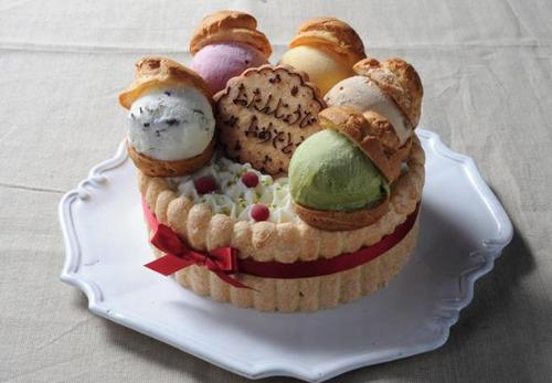 素敵な思い出作りに!年中人気の宅配アイスケーキランキング