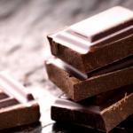 助けて!チョコレートがやめられない!それ、病気の可能性大です