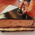 【世界最高峰!】チョコレートケーキが有名な梅田のカフェ3選