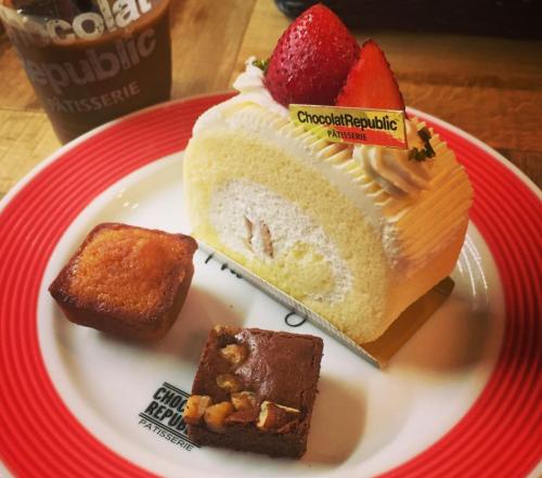 【三宮駅すぐ♪】夜遅くに美味しいケーキが食べれるお店5選