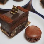 【コレ常識!】デパ地下定番のチョコレートケーキブランド