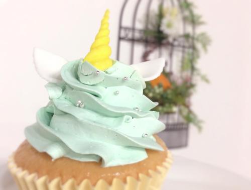 アトリエナユタのユニコーンカップケーキ