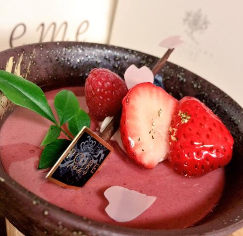 【春気分を満喫しよう!】大阪で食べれる桜スイーツまとめ2017