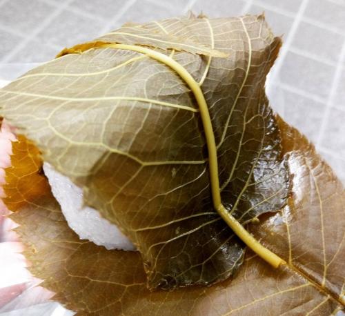 【本当に美味しい!】地元人が愛する京都で有名な桜餅3選