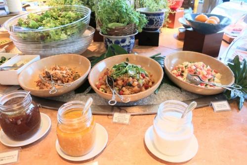 ハイアットリージェンシー大阪のバリ料理ビュッフェの様子