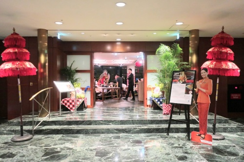 ハイアットリージェンシー大阪のレストラン「ザ・カフェ」の出入り口