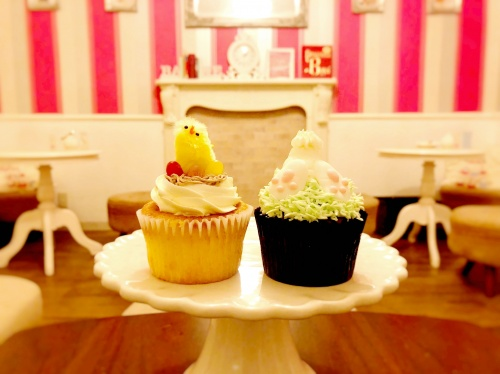 ロンドンカップケーキ名古屋店のひよことウサギのカップケーキ