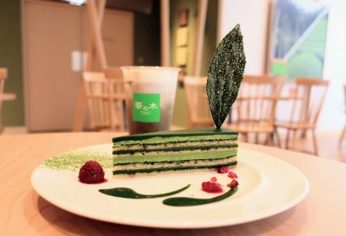 茶の木カフェby福寿園の濃厚な抹茶のオペラケーキ九重