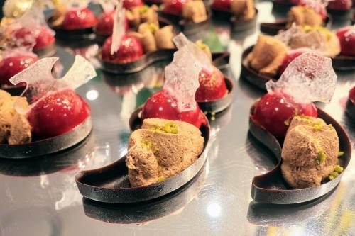 リーガロイヤルホテル大阪のいちごビュッフェのチョコレートスイーツ