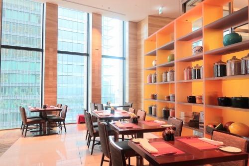 インターコンチネンタル大阪30階のレストランの様子