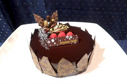 艶の美しい帝国ホテル大阪のチョコレートケーキ